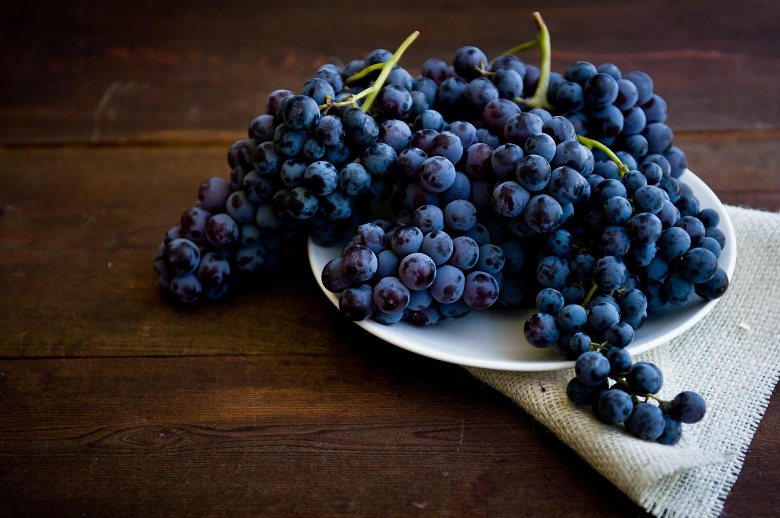Полезность продуктов синего цвета