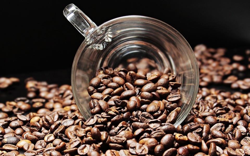 Кофе пить или не пить? Преимущества и недостатки употребления кофе